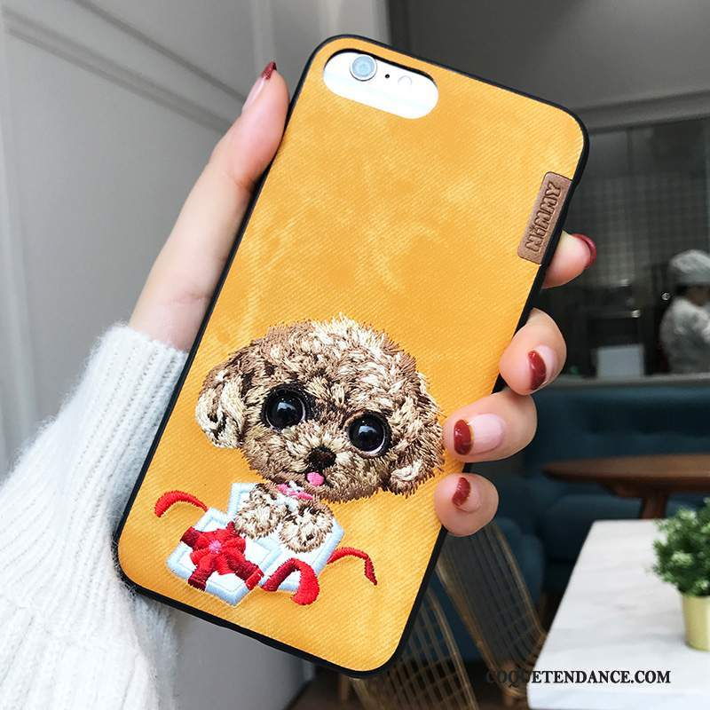 coque iphone 8 broderie
